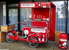 Bike and Run Adventure Racing on a Budget Mobile Food Cart, Mobile Food Trucks, Food Cart Design, Food Truck Design, Bratwurst, Coffee Food Truck, Bike Cart, Bike Food, Velo Cargo
