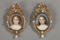 Exceptionnal pair of miniatures on ivory with gold frame, century Victorian Jewelry, Antique Jewelry, Antic Jewellery, Miniature Portraits, Miniature Paintings, Antique Frames, Silhouette Portrait, Oval Frame, Vintage Vanity