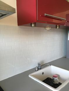 Avis sur la photo 1 Smart Tiles, Credence Adhesive, Sink, Bathtub, Bathroom, Home Decor, White People, Metro Tiles, Lunch Room