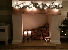 17 Outstanding Ideas To Dress Up Your Non-Working Fireplace - Home Professional Decoration Fireplace Filler, Empty Fireplace Ideas, Unused Fireplace, Candles In Fireplace, Christmas Fireplace, Brick Fireplace, Fireplace Design, Fireplace Mantels, Rustic Christmas