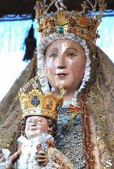 La virgen de los reyes patrona de sevilla sevilla for Mudanzas virgen de los reyes