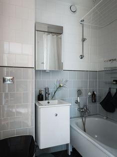 Washroom, Sweet Home, Bathtub, Mid Century, Vanity, Cozy, Homes, Bath, Velvet