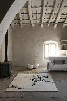 joli salon avec tapis berbere kilim pas cher de couleur beige