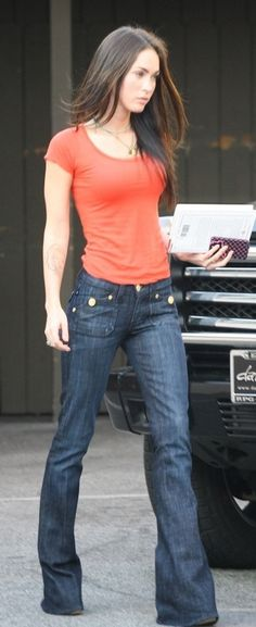 wide leg jeans & tee. love the casual Megan Fox