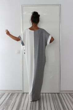 Grey and White Maxi dress Caftan Plus size by cherryblossomsdress