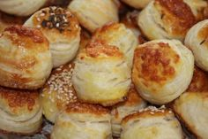 Slovak Recipes, Pretzel Bites, Muffin, Food And Drink, Bread, Baking, Breakfast, Pizza, Party
