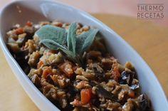 Picadillo de verduras en el que la berenjena es protagonista. Cocinado en thermomix sirve como guarnición o como primer plato y no es demasiado calórico