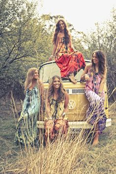 ➳➳➳☮American Hippie Bohemian Boho Bohéme Feathers Gypsy Spirit Style- VW Wanderlust Roadtrip Friends