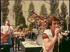 Rock And Roll Bands, Rock N Roll, Malcolm Young, Ac Dc Rock, I Salute You, Bon Scott, Angus Young, Young Family, High Voltage