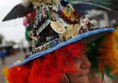 Kentucky Derby Hats Louisville KY | from Louisville, Ky., wears a handmade hat, celebrating her 44th Derby ...