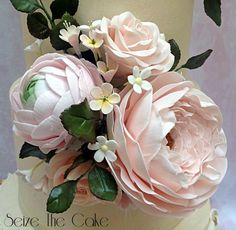 You have to see Sugar Flowers arrangement by SeizeTheCake!