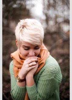 We love the short hair trend in platinum blonde. Try it out with all the best hair dying products from Duane Reade.
