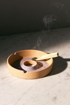 Shop Donut Shaped Ashtray at Urban Outfitters today. Diy Clay, Clay Crafts, Biscuit, Wrought Iron Decor, Donut Shape, Minimal Decor, Clay Pots, Ceramic Pottery, Dog Bowls