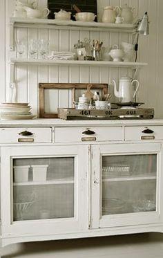 Hutch- Dishes Design Idea 2/ Trays & Screen Cover Door