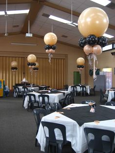 – centrepieces – creating designs for events – shivoo balloons and decor specialists in coburg north - Decoration For Home Mardi Gras Centerpieces, Balloon Centerpieces, Balloon Decorations, Wedding Decorations, Balloon Ideas, Balloon Topiary, Balloon Ceiling, Black Balloons, Birthday Backdrop