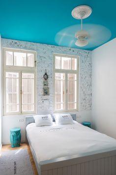 אותה הגברת: דירה משודרגת בבניין תל אביבי ישן   בניין ודיור