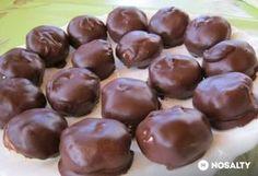Túró rudi bonbon-cukormentes Raw Food Recipes, Cookie Recipes, Dessert Recipes, Junk Food, Diet Desserts, Mousse, Hungarian Recipes, Eat Dessert First, Healthy Cookies