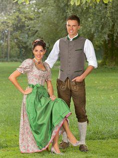 Fairy Clothes, Dirndl Dress, Lederhosen, Traditional Dresses, Sari, German, Clothing, Style, Fashion