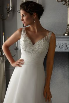 2014 V Neck Embellished Tulle Bodice With Applique Ruffled Wedding Dress With Chiffon Skirt Beaded