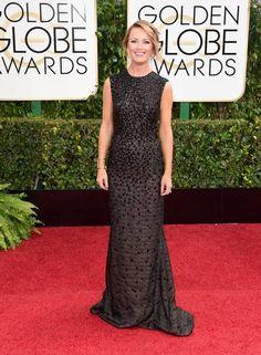 Brooke Anderson escolheu este modelo todo bordado para a premiação Foto: Jason Merritt / AFP
