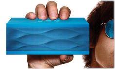 Stylish jawbone jambox speakers