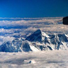(37) Одноклассники Эверест с борта самолета.