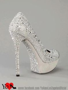 I would Rock these in a Heart Beat!!! Soooo Sparkly..<3