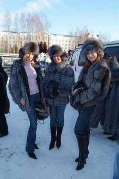 Fox Fur Jacket, Winter Jackets, Fur Jackets, Big And Beautiful, Canada Goose Jackets, Winter Fashion, Furs, Fur Coats, Silver
