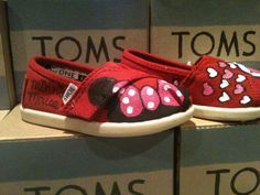 minnie mouse TOMS so cute!