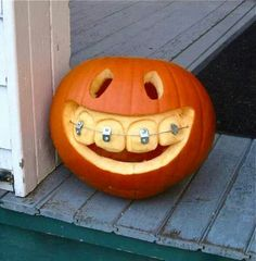 i want to make a pumpkin like that but i probly cant do it