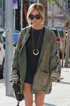 Ashley Tisdale 2012