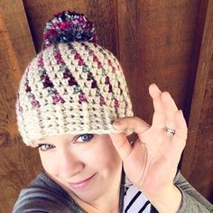 I think I've crocheted this hat pattern in almost every colour. My fav winter pom-pom beanie. Crochet pattern.