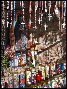 Rosarios y velas/rosaries and candles  You will notice that Mexicans are more likely to talk to you about religion even in the workplace. Mexico is, was and continues to be a catholic country. It is touching the things people do for their mandas. Stay tuned.