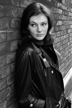 Jacqueline Bisset,famous, celebrity in film, fashion, art, music,beautiful fame, the wall of fame, collected by marald marijnissen, www.marijnissenfotografie.nl
