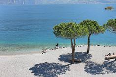 spiaggia a Limone del Garda