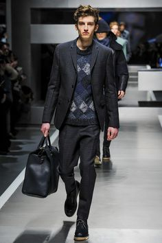 Milan Fashion Week: #Fendi Fall 2013 #MFW