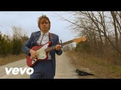 """VIDEO: """"Dorothy"""" by Kevin Morby - Indie Music Filter"""