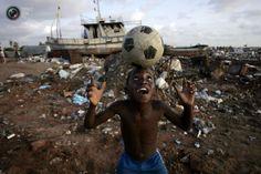 El Mundo Entero Ama el Fútbol