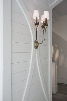 Love the molding detail with the sconce