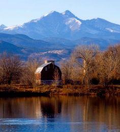 colorado barns   Colorado barn