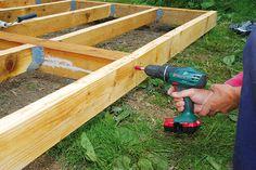 ... záhradný domček - drevená terasa - 40_MilanGigelDomcekTerasa