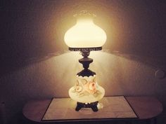 GONE WITH THE WIND VINTAGE HUGH 3-WAY MILK-GLASS FLORAL DISPLAY HURRICANE LAMP