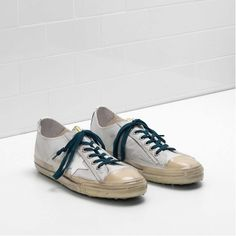 Best Golden Goose Deluxe Brand Men V-STAR 2 Trainers Store GGDB G30MS639.L6  In Order 5a1eec0335