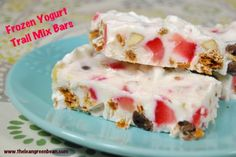 These Frozen Yogurt Trailmix Bars can also be made in ice cube trays for a bite-sized snack. Customize them with your favorite mix-ins for a healthy snack.