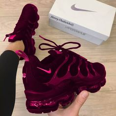 Women shoes For Work High Heels - - Women shoes Adidas Sneakers - Nike Air Shoes, Nike Air Max, Nike Shoe, Cute Sneakers, Sneakers Nike, Sneakers Workout, Sneakers Fashion, Fashion Shoes, Mom Fashion
