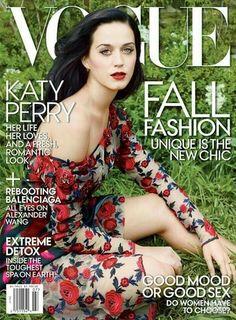 ivulgada na sexta-feira (14.06), a capa de julho da Vogue America tem a cantora Katy Perry como estrela. Aparecendo pela primeira vez no posto de cover girl, Kate foi clicada por Annie Leibovitz usando vestido da coleção de inverno da Rodarte