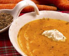 Kurkumovo-mrkvová polievka na boj proti zápalu Gourmet Recipes, Crockpot Recipes, Soup Recipes, Vegetarian Recipes, Healthy Recipes, Carrot Cream, Homemade Burgers, World Recipes, Thanksgiving Recipes