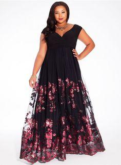 Estampado floral en tul para un vestido muy elegante y moderno