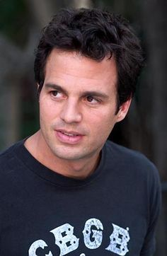 Mark Ruffalo was SO cute back in 13 Going on 30... He has not aged well