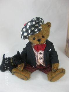 Vera J.Bears Mr.Pinch